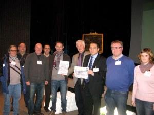 De winnende delegatie uit Nieuwpoort gisteren in Hasselt. Met oa de meester en de directeur van onze school.